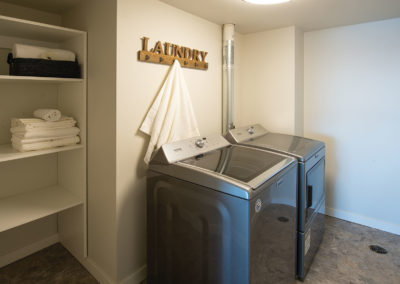 Evergreen-Towers-Penthouse-245-Laundry-WEB